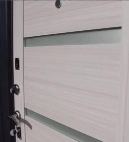 Металлическая дверь Ратибор Ника Сандал Белый
