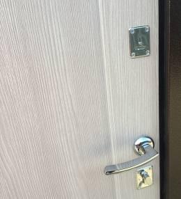 Металлическая дверь Ратибор Форт Капучино