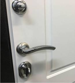 Металлическая дверь Ратибор Барьер 3К Белый Ясень