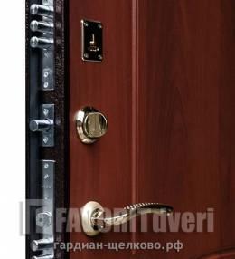 Металлическая дверь Ратибор Модерн (производство Й