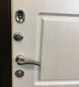 Металлическая дверь Ратибор Трио Лиственница